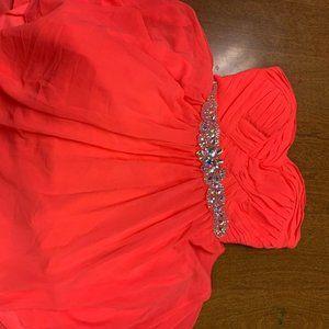 Cute High Low Homecoming dress w/ diamond belt